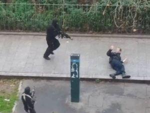 Attentat Charlie Hebdo terroristes policier