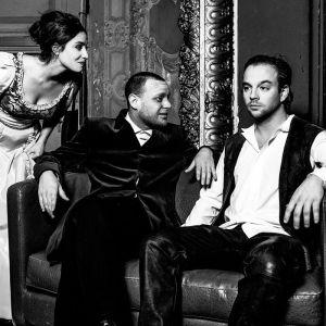 L'Ours et La Demande en Mariage de Tchekhov théâtre russe compagnie Paris-Moscou Nicolas Natkin Garance Thenault Jordan Mons