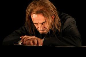 L'histoire vécue d'Artaud-Mômo théâtre des Mathurins Gérard Gelas Damien Rémy
