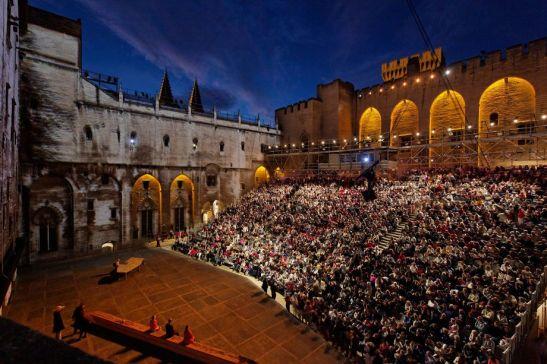 Festival d'Avignon 2015 69ème Cour d'Honneur du Palais des Papes