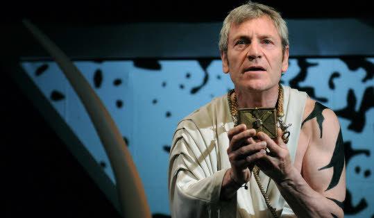Le Tigre bleu de l'Euphrate théâtre Laurent Gaudé Tchéky Karyo